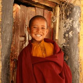 Yoga Retreat Colife Ladakh Monk 270x